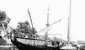 Полиакр «Одесса» у берегов Харлема. Голландия.