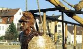 Статуя Одиссея на носу «Одессы»