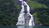 Норвежский водопад