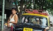 Индийский таксист