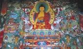 В храме монастыря Тьянгбоче