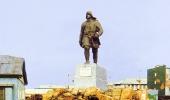 Памятник Никифору Бегичеву
