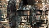 В храме Байон