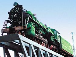 Парадокс ХХІ века: старый добрый паровоз готов сойти с пьедестала и вновь отправиться в путь!