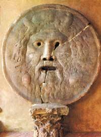 Магическое «правосудие» древнего Рима: считалось, что это изваяние может откусить руку лжеца