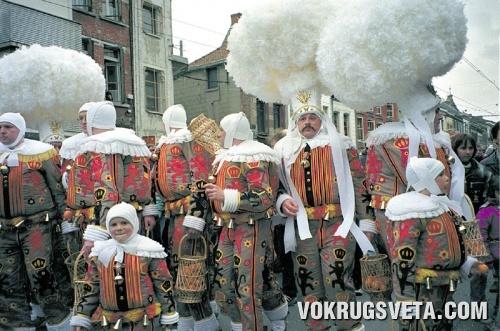 Средневековый карнавал