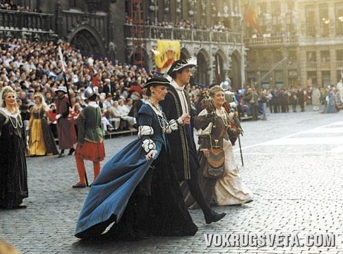 Средневековое шествие