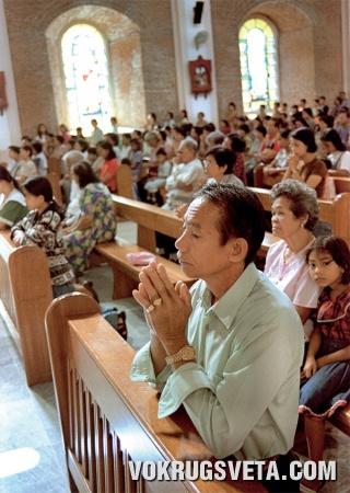 Месса в католическом храме