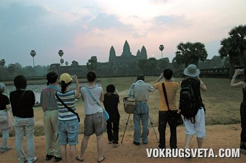 Ангкор на рассвете