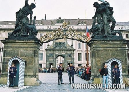 Вход в Пражский кремль