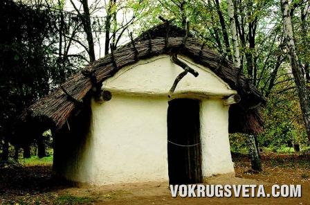 Сельская хата XI века