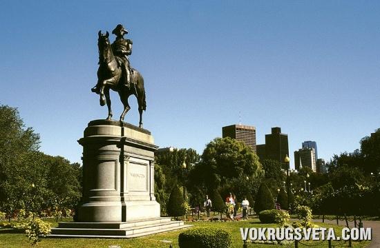 Статуя Джорджа Вашингтона