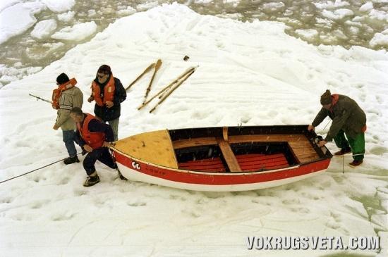 Переправа во льдах