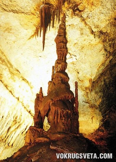 Замок. Мраморная пещера