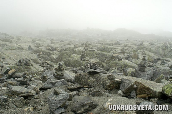 Пирамидка из камней